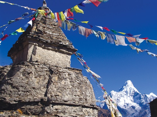 Everest Region Gets Assessed Ahead of Upcoming Tourism Season