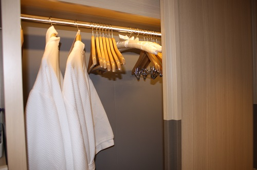 Clothing, Toiletries Most Often Left at Hotels