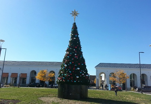 Queens Holiday Market Moves to the Shops at Atlas Park