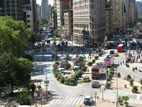 Flatiron Building Marks 50 Years of Landmark Status with Special Tour