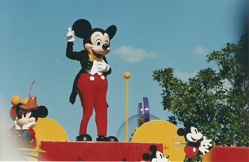 Mickey Mouse to Travel the Globe for His Birthday