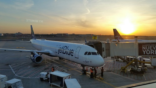 JetBlue Now Offering Wi-Fi from Gate to Gate