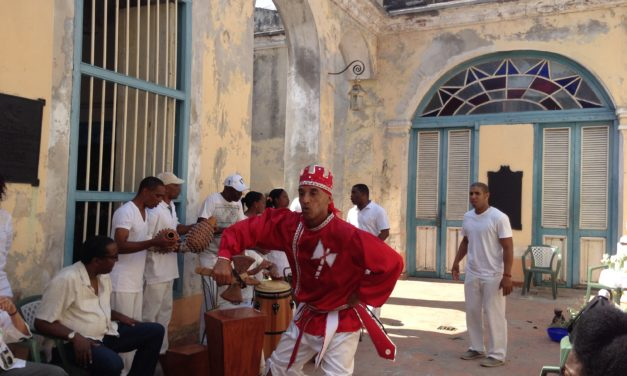 Why You Should Travel Solo To Cuba Before October